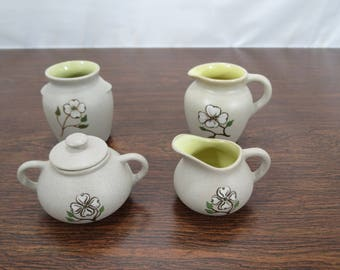 Pigeon Forge Pottery Dogwood Flower, Set of 4 Pieces