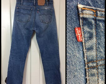 Vintage 1980's Levi's 505 Straight Leg Faded Denim Blue Jeans 32X32, measures 32x30 made in USA Boyfriend #281