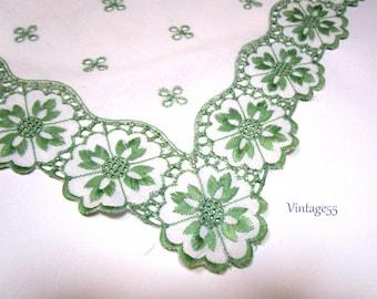 Dresser set Four Piece Green Embroidery