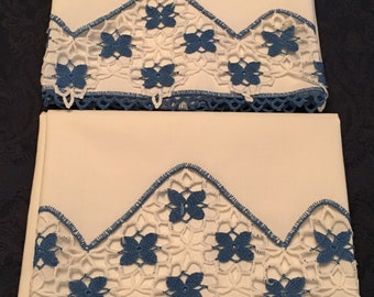 Vintage pair of 2 Linen Cotton Hand Crafted Crochet Pillowcases Blue White Floral 34 x 21 - P24