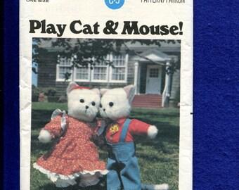 1970's Butterick 5666 Sweet County Cats & Mice Sewing Pattern UNCUT