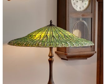 Lotus Lamp, Tiffany Lamp, Stained Glass Lamp, Tiffany Lamp Shade, Lamp Green Glass, Stained Glass Light, Stained Glass Table Lamp, Desk Lamp