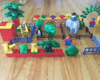 Vintage duplo LEGO toy zoo animals building blocks boys girl toddler game  learning game pretend play