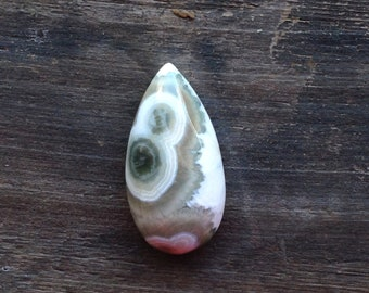 Ocean Jasper Cabochon - Teardrop - Orbicular - White, Ecru and Green - 36.15mm