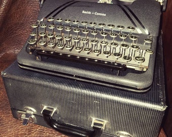 Beautiful Black Vintage Smith Corona Sterling Typewriter with Floating Shift Works Great with Case Tuxedo Striping