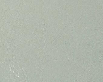 Coupon de cuir de veau blanc brillant