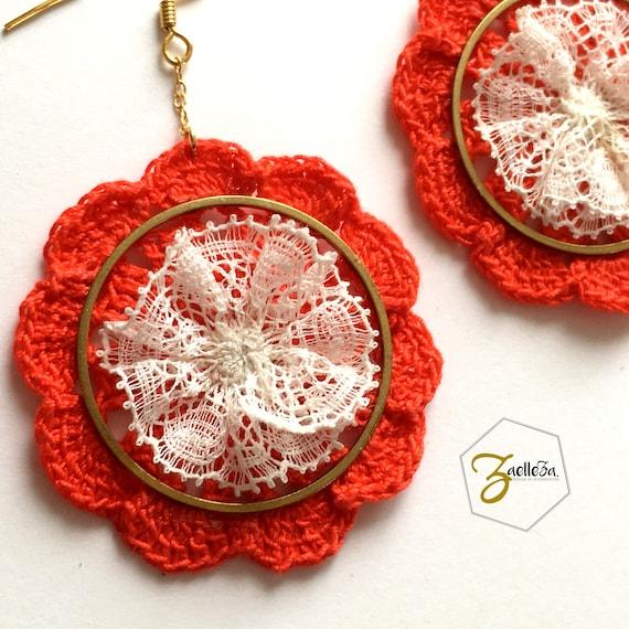 "Orange coral earrings round gold gilt flower lace crochet - pattern ""Mandala"" HOLI - elegant al. / / Bohemian / / hippie"