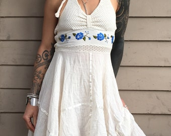 XS 1970s Mexican halter dress cotton embroidered embroidery floral