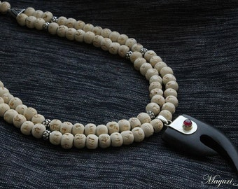 Tulsi bead Silver necklace with Garnet pendant