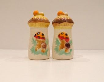 Vintage Ceramic Mushroom Salt and Pepper Shakers