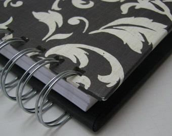 Gratitude Journal - Pocket Size - Thankful Journal - Daily Gratitude - Mini Journal - Grateful Journal - One Year Journal  - Black Damask