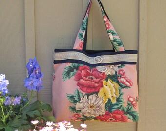 Large Vintage Floral Handbag Purse Bag Tote Shoulder Bag