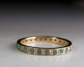 Gold Eternity ring - Green stone ring - pale green - band - stacking ring