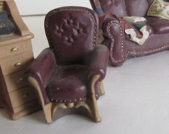 Dollhouse Leather Chair display Miniature Dollhouse Living room Furniture Dollhouse miniature Display Vignette Dad Overstuffed Chair Leather