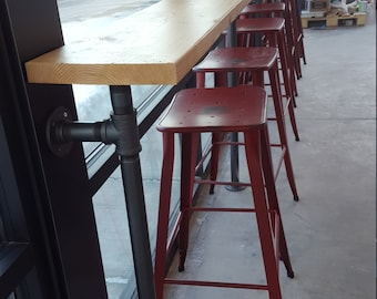 """Bar Made with 1 1/4"""" Iron Pipe and Solid Wood Top / Industrial Bar"""