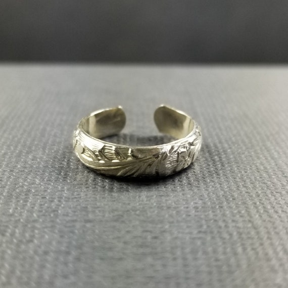 Wide Floral Sterling Silver Toe Ring Wedding ring boho jewelry modern jewelry silver jewelry midi ring made in canada