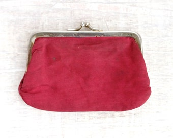 Vintage Twist Clasp Purse - Deep Red
