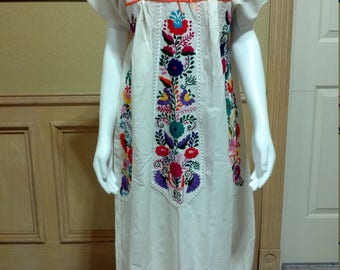 Handwoven Mexican Dress,Ivory Raw Cotton Colorful  Embroidery,Womens Bohemian Embroidered Ethnic Caftan/Hippie Boho Festival Midi Tunic M