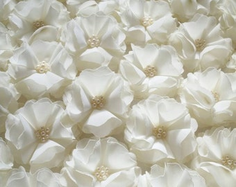 Ivory Fabric Flowers Decorations Appliques Embellishments Wedding Party Decor Sew on flowers Small flowers Gift wrapping details