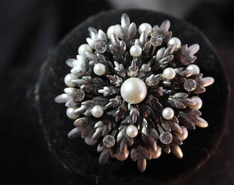 Awesome High end Silver, Rhinestone and Pearl Brooch - Unsigned