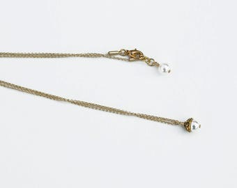 Pearl Pendant Necklace on Fine Gold Chain