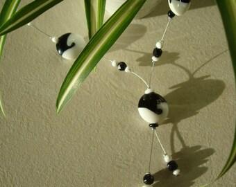 Black and white original fashion necklace