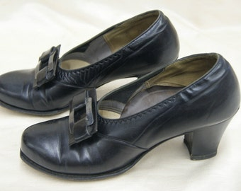 """Vintage 1930's """"The New Looke"""" Black Leather Shoes 6 1/2 A"""