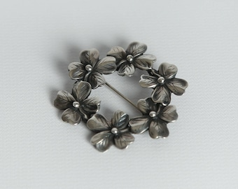 Vintage Sterling Silver Dogwood Flower Circle Brooch Pin Mid Century 1950's Floral Jewelry for Spring and Summer Patina