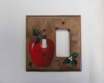Switch  GFI Wall Plate with Red Apples  Country Kitchen Decor  Red Apples