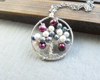 Baum des Lebens Anhänger mit Perlen weiß blau Rosa Draht gewickelt