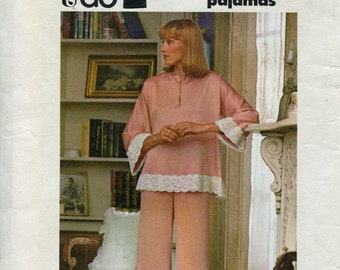 1970s  Pajamas Pattern Butterick 4008 Womens Pajamas Night Shirt Pattern Lace Vintage Sewing Patterns Size Med uncut