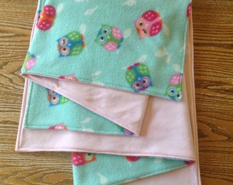 "Baby Girl Blanket, Jersey Knit and Fleece 28x36"", Owls on Mint, ready to ship"