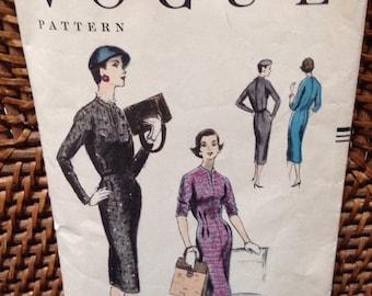 Vintage vogue one piece dress