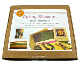Wool Applique Kit, Wool Felt Applique, Penny Rug Kit, Embroidery Kit, Embroidery Pattern, Wool Applique, Felt Craft Kit, Spring Blossoms