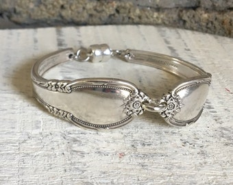 Remembrance spoon handle bracelet