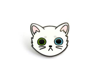 White Cat Face Enamel Pin (cute cat pin hard enamel lapel pin badge kitten pin white cat pin cat lady personalized cat lover gift pet gift)