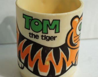 Tom the Tiger Cup Plastic Kids Cup with Handle Vintage 1970s by deka Plastics