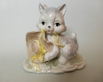 SALE: Vintage Country Kitten Figurine, Kitsch Decor, Knick Knack, Decorative Figurine, Country, Farmhouse, Cat Lover Gift, Collectible