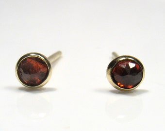 3mm rose cut Garnet, gold stud.