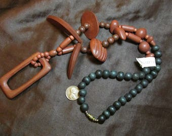 One 24 Inch Chunky Wood Necklace- Vintage necklace with reddish brown and black colored wood beads- Made in Philippines- 1980's
