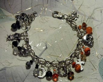 Silver Tone Beaded Charm Bracelet with Orange and Black Beads and Halloween/Horror Charms - Lobster Clasp - Length 21 cm - 8 inch.