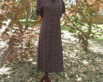 DITZY FLORAL Grunge Duster Dress, VINTAGE 90s does 30s Midi Maxi, Flowy Button-Down Dress, Black Pink Flowers, Festival Hippie Boho, md/lg