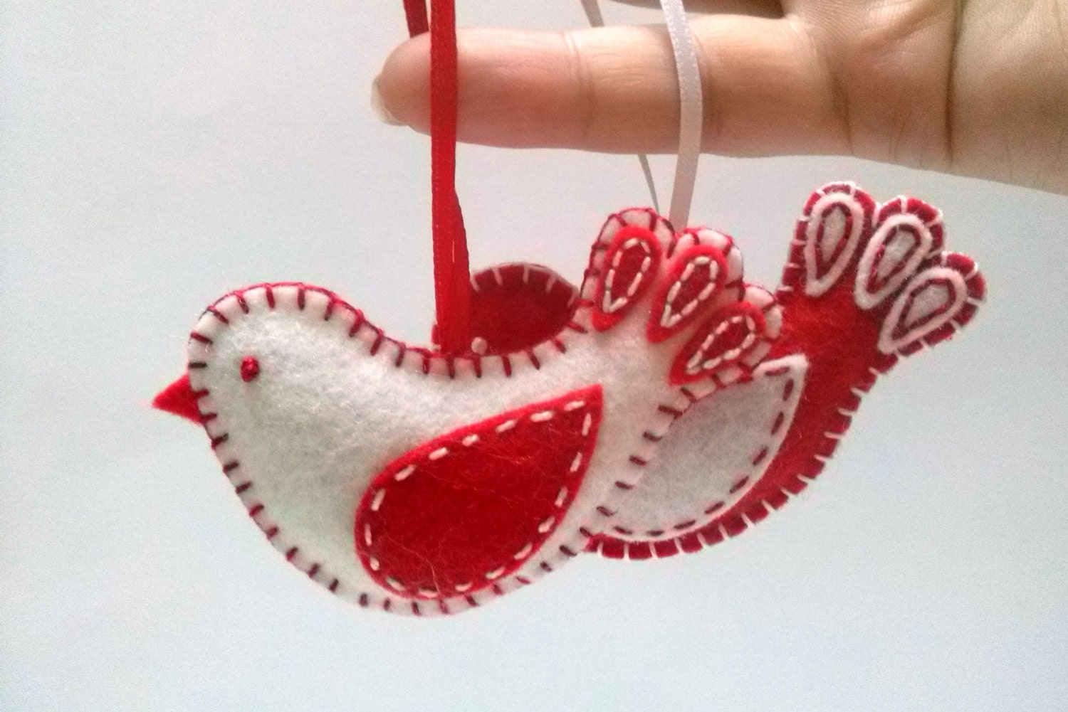 Felt christmas ornaments felt bird ornament red white bird - How to make felt christmas decorations ...