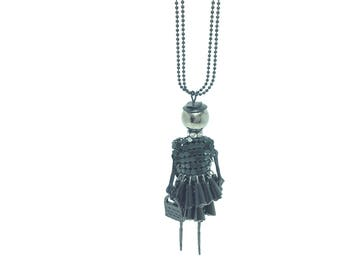 Exciting beautiful shopping girl necklace selectable in three colors black-pink, black-silver, black) beautiful gift for a dear man