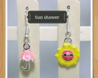 SUN UMBRELLA EARRINGS weather yellow and pink