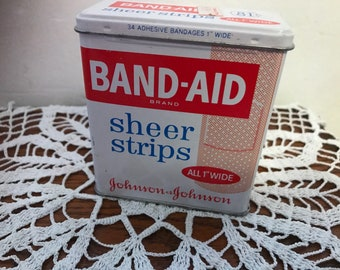 Vintage BAND-AID empty metal / tin box. Code 4626. #940