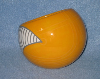 Golden Snitch Ceramic Tilted Bowl (Made to Order and Customizable)