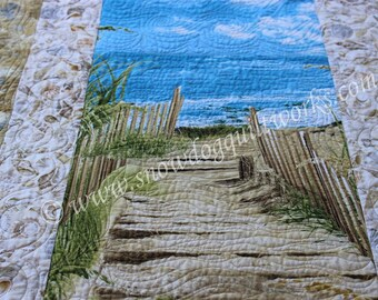 Ocean Beach Walk Quilted Wall Hanging,  Custom Quilted Door Banner with Hanging Pocket, Quilted Wall Art, Summer Ocean Theme Quilt