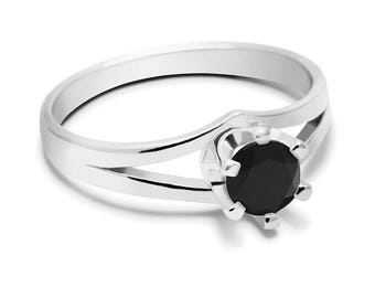 Black Onyx Ring, 925 Sterling Silver. SIZE 5.50 (inner diameter 19mm), color black, weight 2.2g, #44436