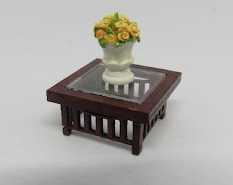Dollshouse miniature Quarter scale (1/48) DIY coffeetable.